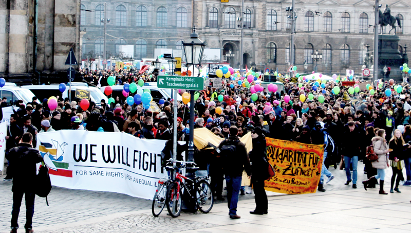 SPD-Fraktion verurteilt Übergriffe auf Flüchtlingscamp – Jetzt weiter Dialog führen