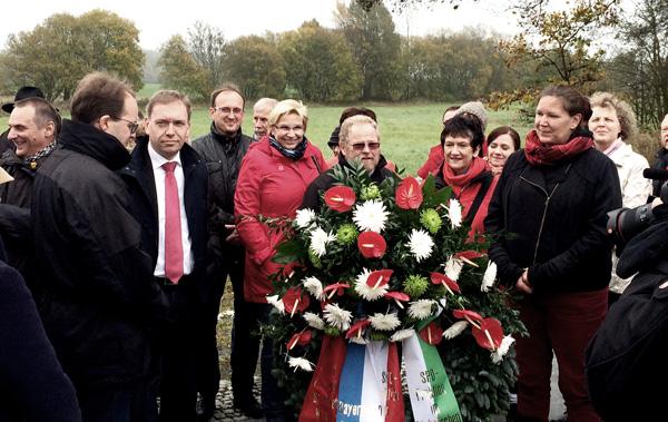 25 Jahre nach dem Mauerfall. SPD-Fraktionen aus Bayern, Sachsen und Thüringen gedenken am ehemaligen Todesstreifen der deutschen Teilung
